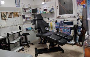 Attività più negozio tatuaggi e piercing, Assisi, Perugia