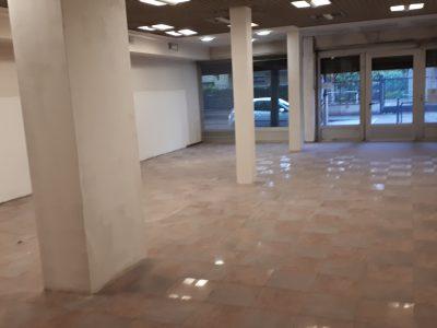 Negozio con magazzino sottostante, Limbiate, Monza e della Brianza