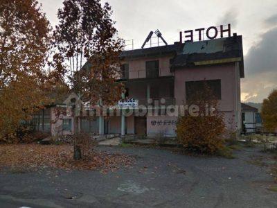 Albergo ristorante 1200 mq in vendita a Silvano d'Orba, Alessandria